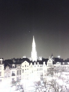Overexposed picture showing conjunction of venus and jupiter above the grande place